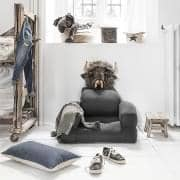LITTLE HIPPO, uma cadeira de criança que se transforma em uma cama de futon em segundos - deco e design