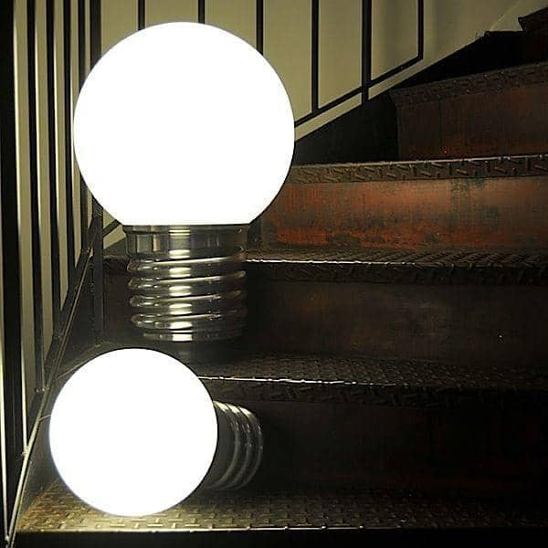 BASIC, מנורת רצפה או מנורת שולחן, שקע אלומיניום מלוטש, גלובוס פוליאתילן
