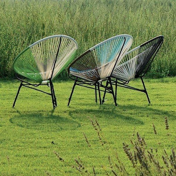 في SIXTIES كرسي: الراحة لا يصدق، وهو المقعد الذي يتوافق مع شكل الجسم، وألوان طيف - ديكو والتصميم