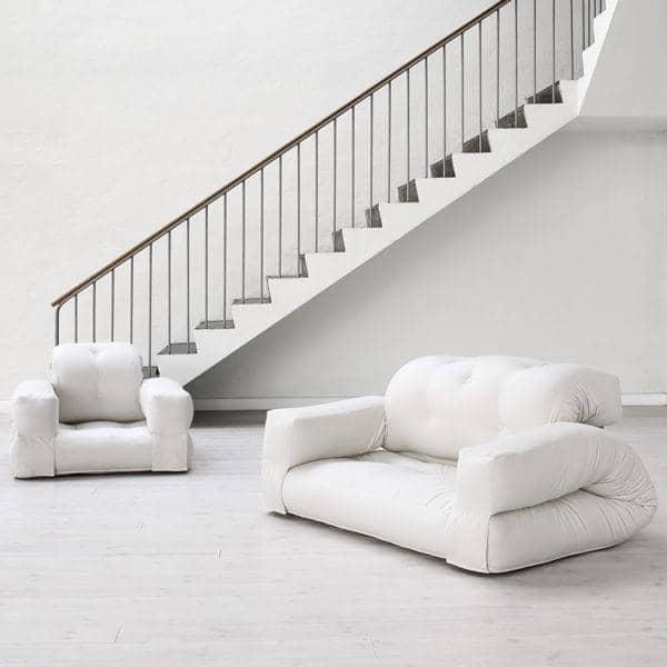 Hippo una poltrona o un divano che si trasforma in un for Poltrona letto futon
