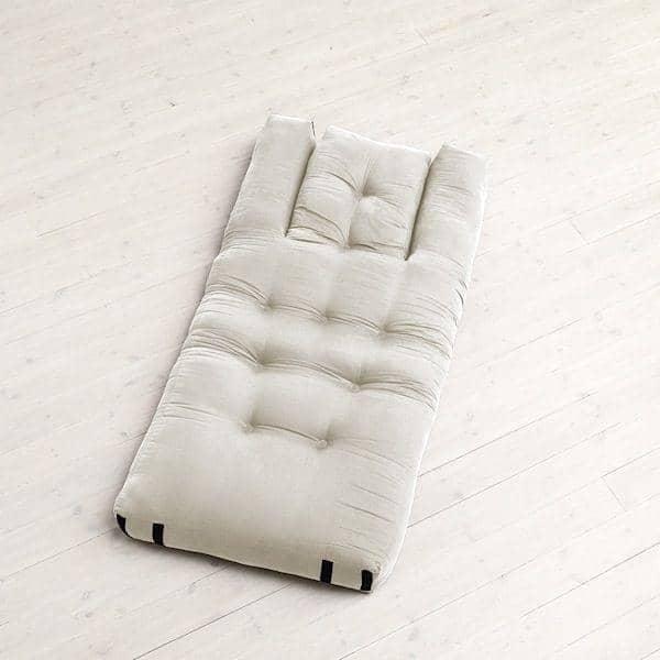HIPPO, ein Sessel oder ein Sofa, das in ein komfortables Extra Futon-Bett in Sekunden schaltet - Deko und Design