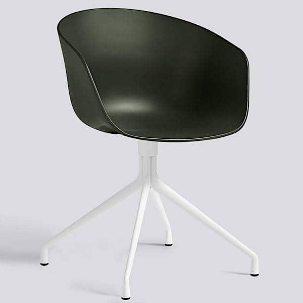 Le fauteuil About a Chair par HAY - réf. AAC20 - assise en polypropylène, coussin fixe en option, piétement en aluminium - l'art du design nordique