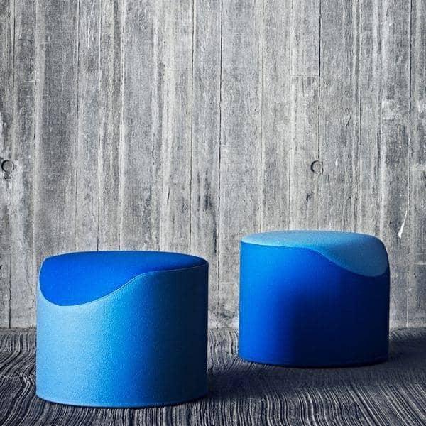 CORAL, en meget komfortabel og original bicolor skammel, BUSK + HERTZOG skabelse for SOFTLINE - Deco og design