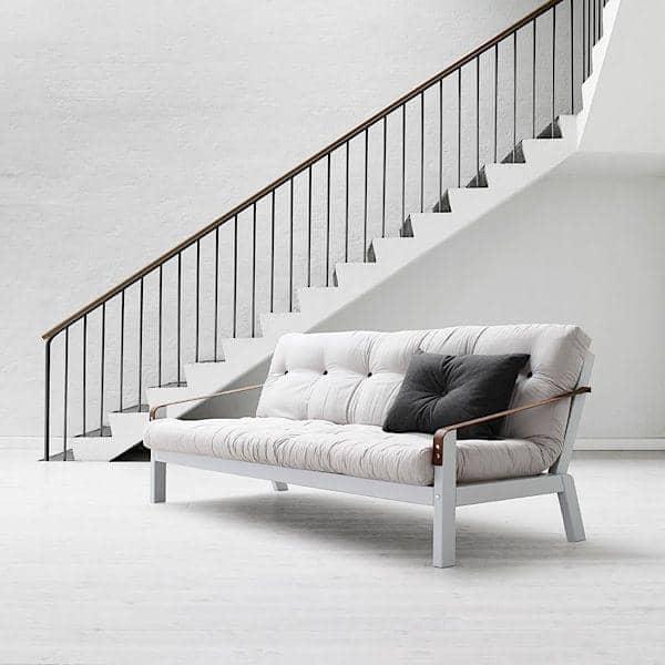 POEMS er en behagelig og original sovesofa. Træ og futon.