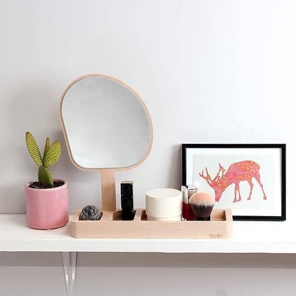 Kagami espejo de pie haya maciza y vidrio reine m re for Espejos de pie de diseno