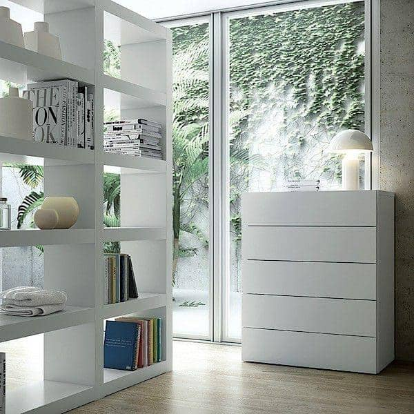 AURORA, commode 5 tiroirs généreuse et design, disponible en plusieurs finitions