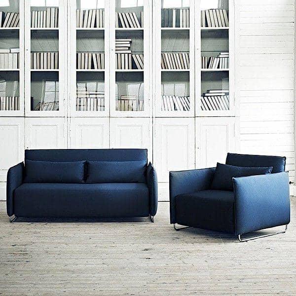 CORD, en sovesofa, et konvertibelt lænestol: tilpasset små rum, eksemplarisk komfort, ved Softline