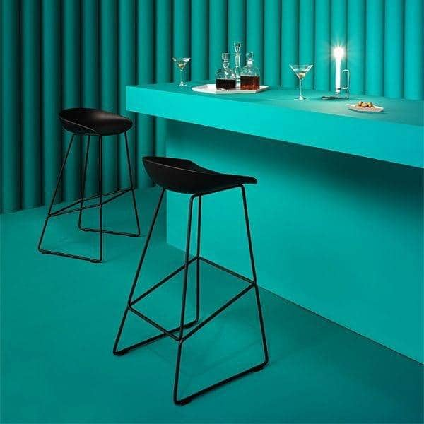 ABOUT A STOOL, stool bar por HAY - ref. AAS38 y AAS38 DUO - Base de acero, carcasa de polipropileno