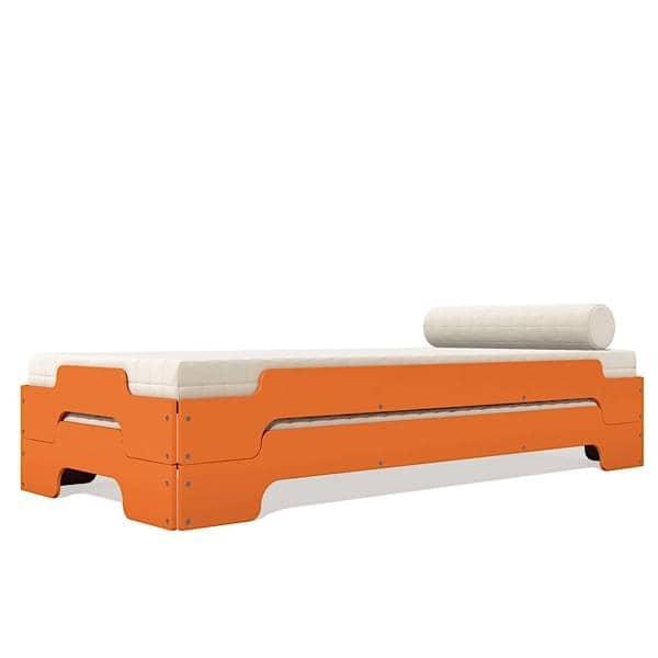 Stables seng STACK av ROLF HEIDE siden 1967, et tidløst konsept, extrem komfort og en ren og moderne linje.