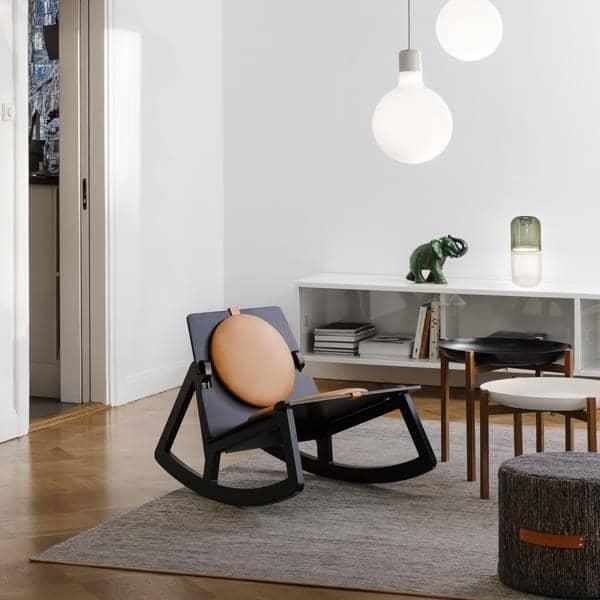 I tappeti Björk per Design House Stockholm: lana e cotone, rivestito in pelle, ad alta resistenza e la dolcezza di materiali nobili