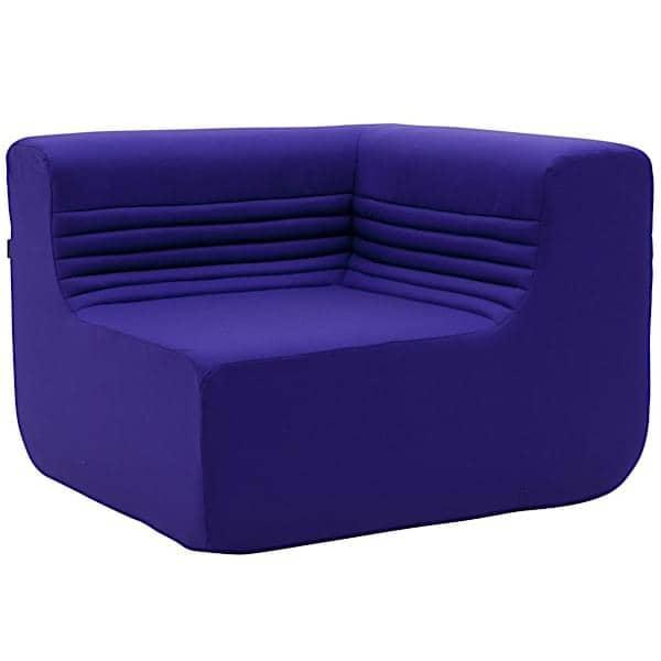 LOFT, um sofá modular para a sua sala de estar ou terraço: Mova os módulos do núcleo, o ângulo ou o otomano e crie dezenas de combinações.