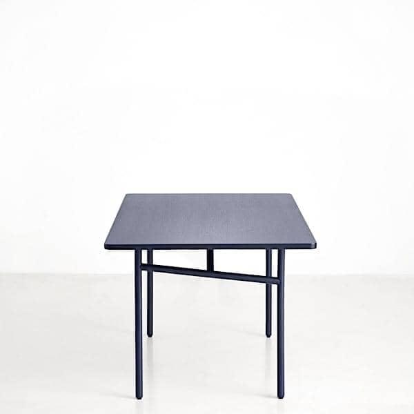 DIAGONALE, et træ og metal spisebord, WOUD