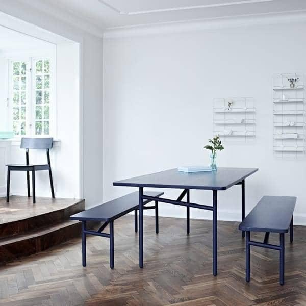 DIAGONALE, uma mesa de madeira e metal de jantar, um design muito contemporâneo e atemporal. WOUD