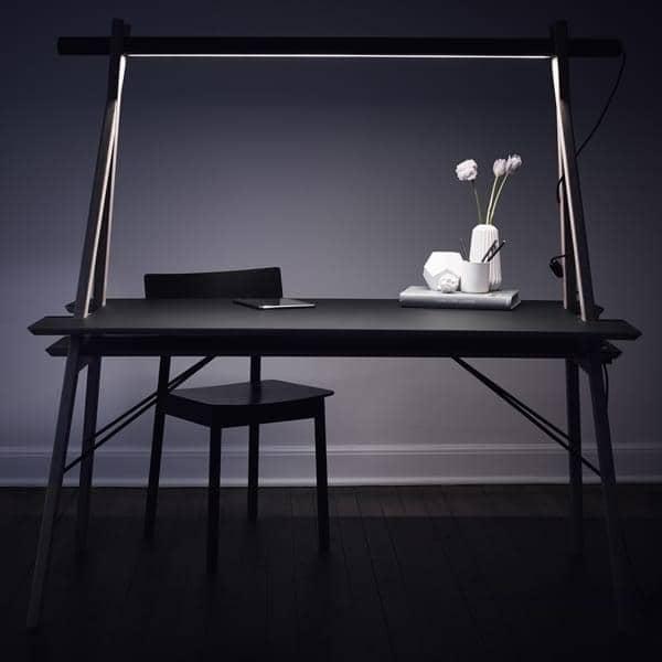 AA DESK : um espaço de trabalho projetado para simplificar a sua vida. E, além disso, é lindo! WOUD.
