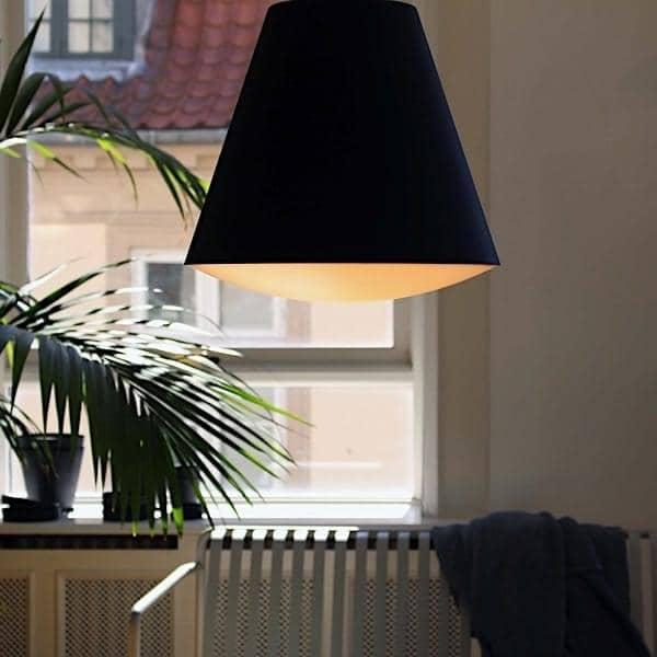 Suspensión o luz de techo SINKER, contemporánea y técnica. HAY