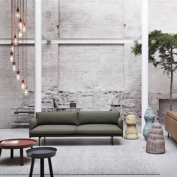 The AROUND sofabord, matchen af massivt træ og design. Muuto