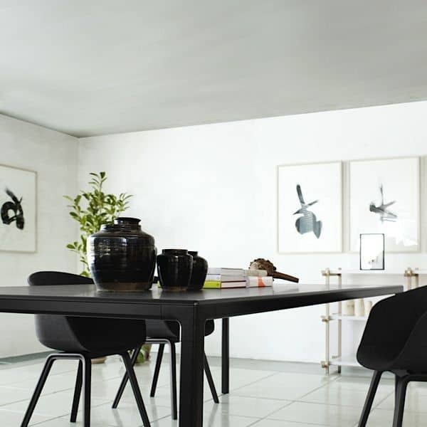 La Table ou bureau T12, par HAY. Design nordique, beau, efficace.