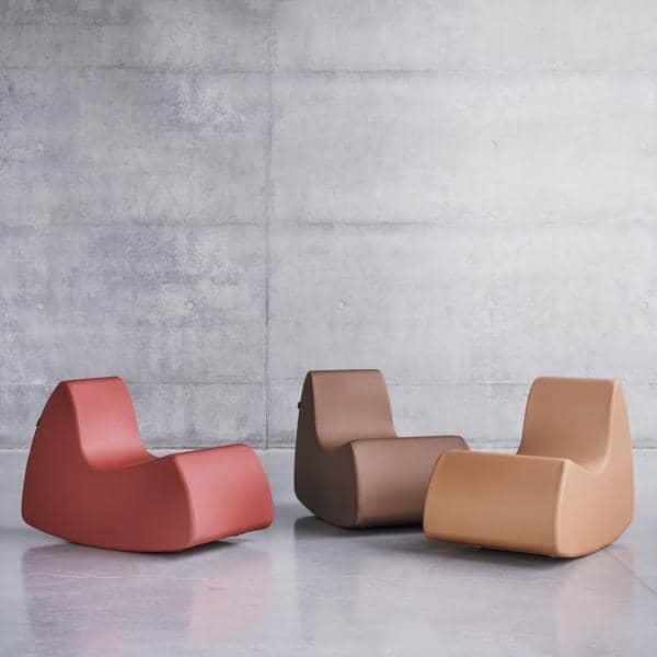 GRAND PRIX en generøs lenestol, veldig komfortabel med sine avrundede former - deco og design, SOFTLINE