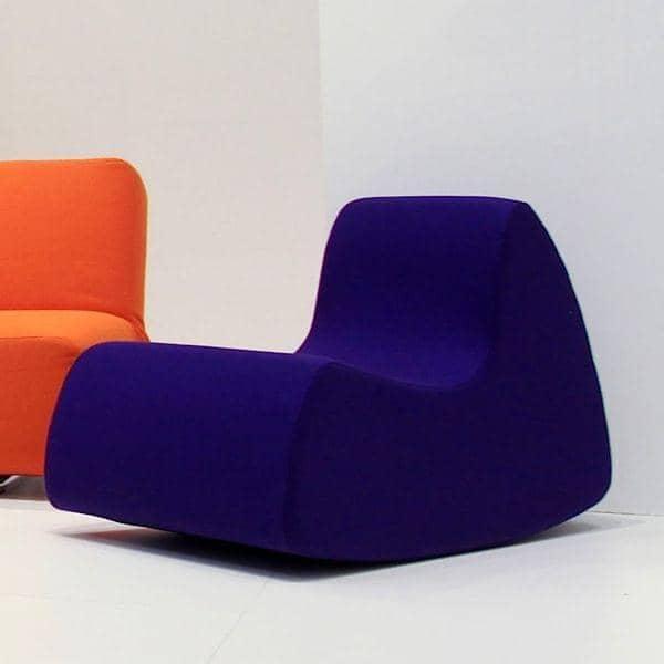 grand prix un fauteuil g n reux aux formes arrondies softline. Black Bedroom Furniture Sets. Home Design Ideas