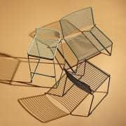 HEE Barstool by HAY adapta a interiores y exteriores