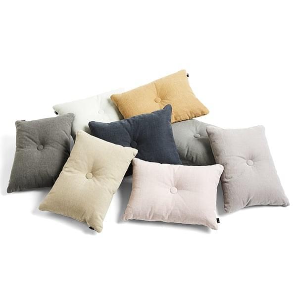 DOT Cushion, by HAY - bei tessuti, grandi colori