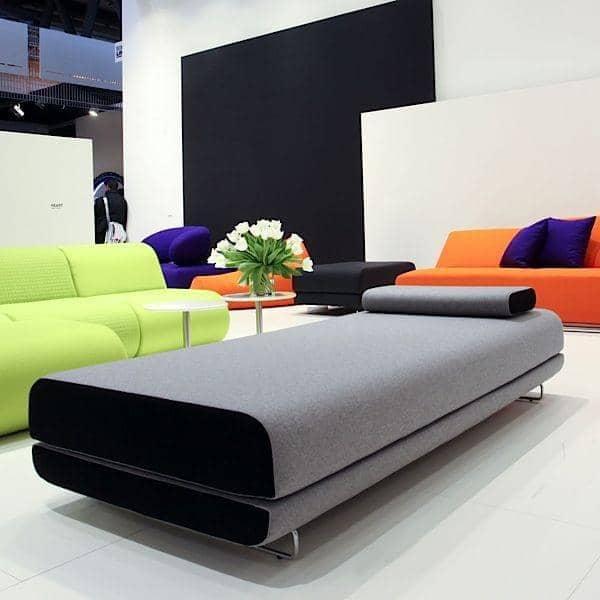 Shine day bed un sof cama muy c modo y con estilo softline for Sofa cama comodo y barato