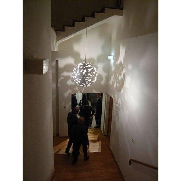 La suspension CAMOUFLAGE - jouez avec la lumière !