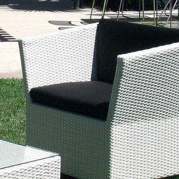 de jardin COMPACT WHITE, structure aluminium, résine tressée traitée