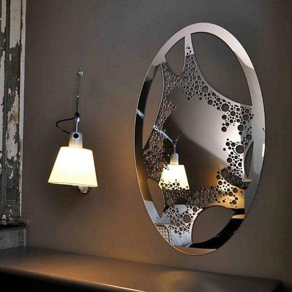 Miroir décoratif LADY BLOB : un dessin léger et féminin - 103 x 62 cm