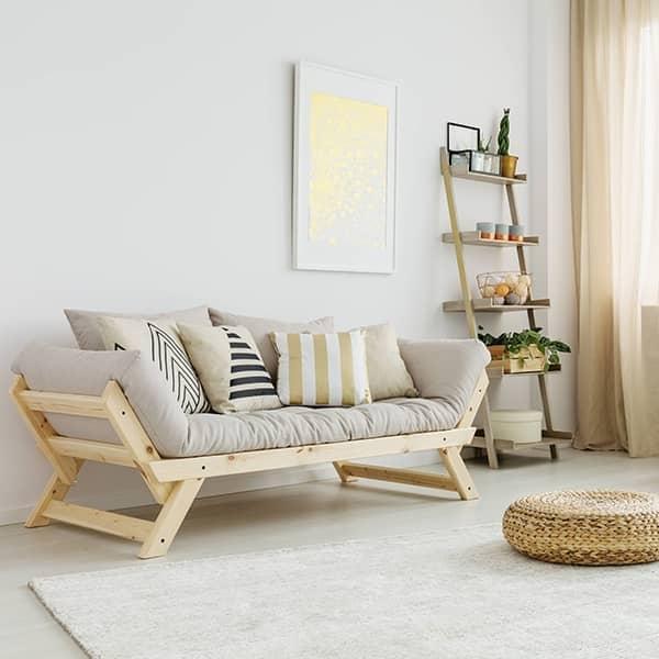 ALULA, un cómodo sofá, chaise longue, convertible en cama extra, que incluye futón y 2 cojines